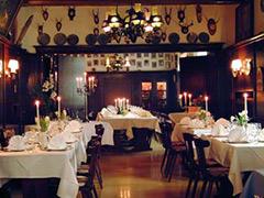 Besondere Restaurants Stuttgart >> Restaurant Schwarzer Bär Erlangen
