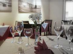 restaurant sankt petersburg k ln. Black Bedroom Furniture Sets. Home Design Ideas